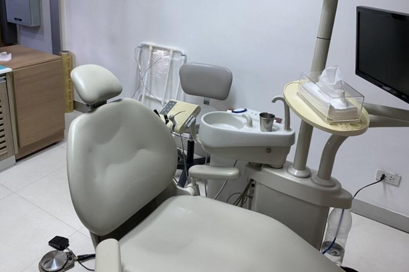 バンコク歯医者でクリーニング歯石とり体験と料金・おすすめにご注意